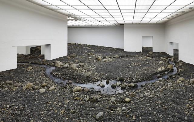 indoor-riverbed-at-danish-museum_cf017216